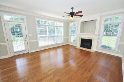 Guide for Choosing the Right Flooring Contractor